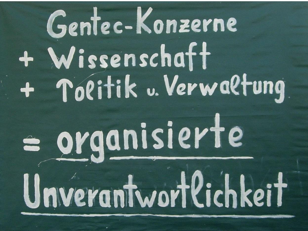 Gentechnik_Gentechnikkritik_Agro_Monsanto_auf_deutsch_Joerg_Bergstedt_Monsanto_Organisierte_Unverantwortlichkeit_Seitenhieb_Verlag_Projektwerkstatt_Seilschaften