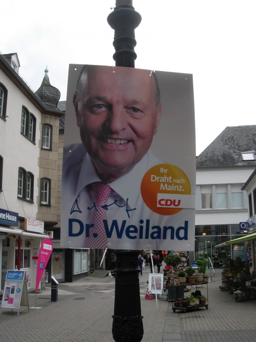 Dr. Adolf Weiland